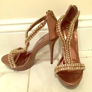 Camille La Vie Brown heels